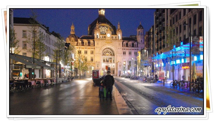 Antwerpen Centrale At Night 2