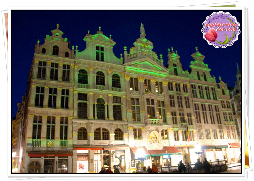 Grand Place 12