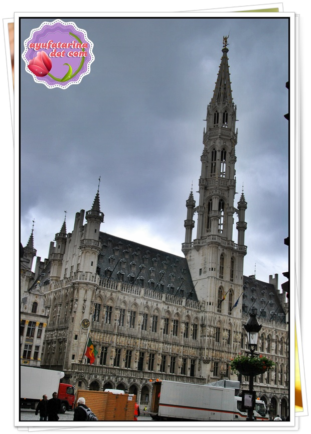Grand Place Brussels 3