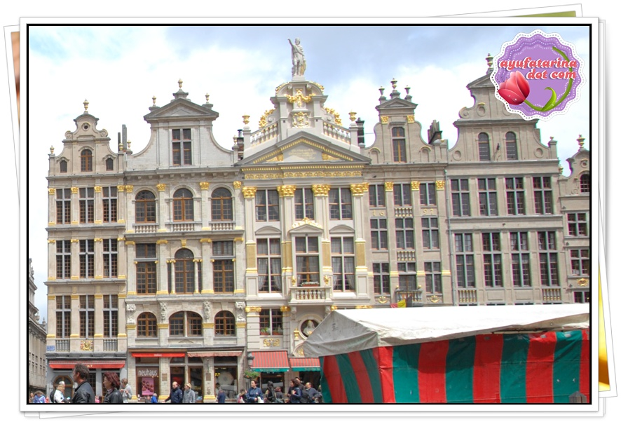 Grand Place Day