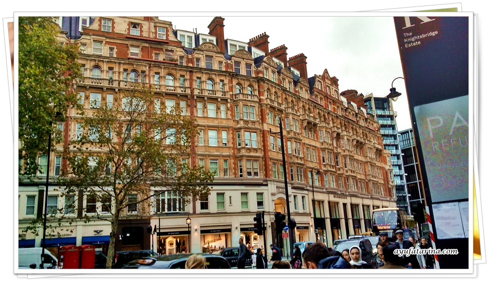knightsbridge-london